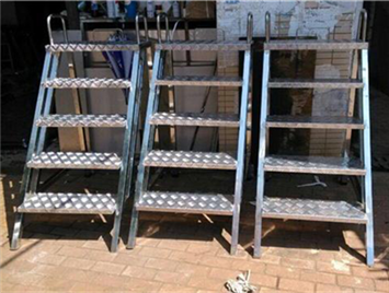 What Are The Requirements For The Use Of Stainless Steel Ladders?